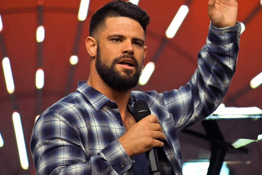(Un)Qualified with Steven Furtick