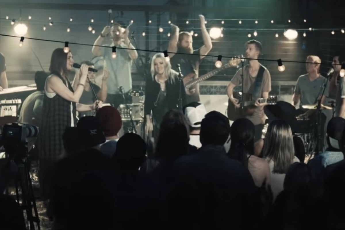 Jesus Culture - In The River (Acoustic)