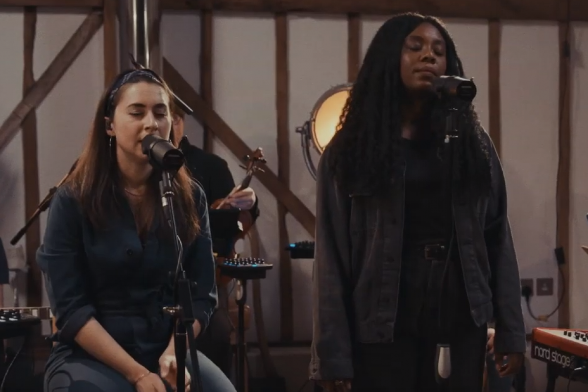 Lucy Grimble - Still I Will Praise ft Bianca Rose